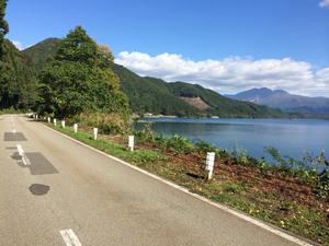 田沢湖-10-7-2m.jpg